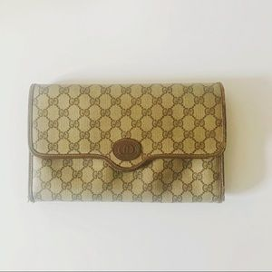 baef765bf Vintage Gucci clutch in excellent condition for sale